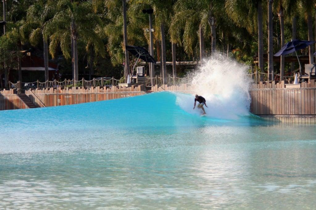 Parque Typhoon Lagoon da Disney Orlando: surfe