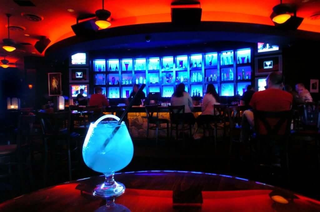 Bares e baladas em Orlando: Blue Martini