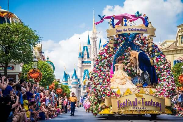Parque Magic Kingdom da Disney Orlando: desfile Festival of Fantasy