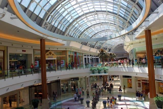 6e3906627b3 Shopping Mall at Millenia em Orlando  interior do shopping