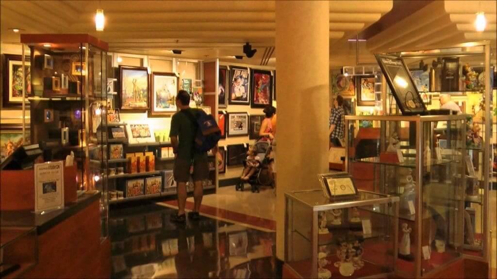 Lojas no parque Disney Hollywood Studios Orlando: Art Gallery