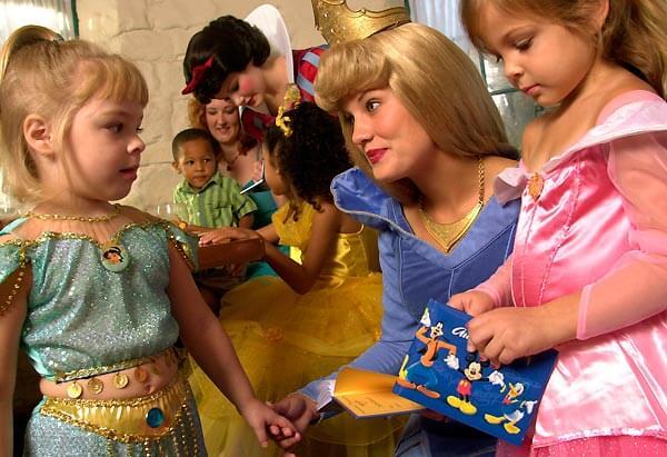 Restaurante Akershus Royal Banquet Hall Disney em Orlando: princesas Disney