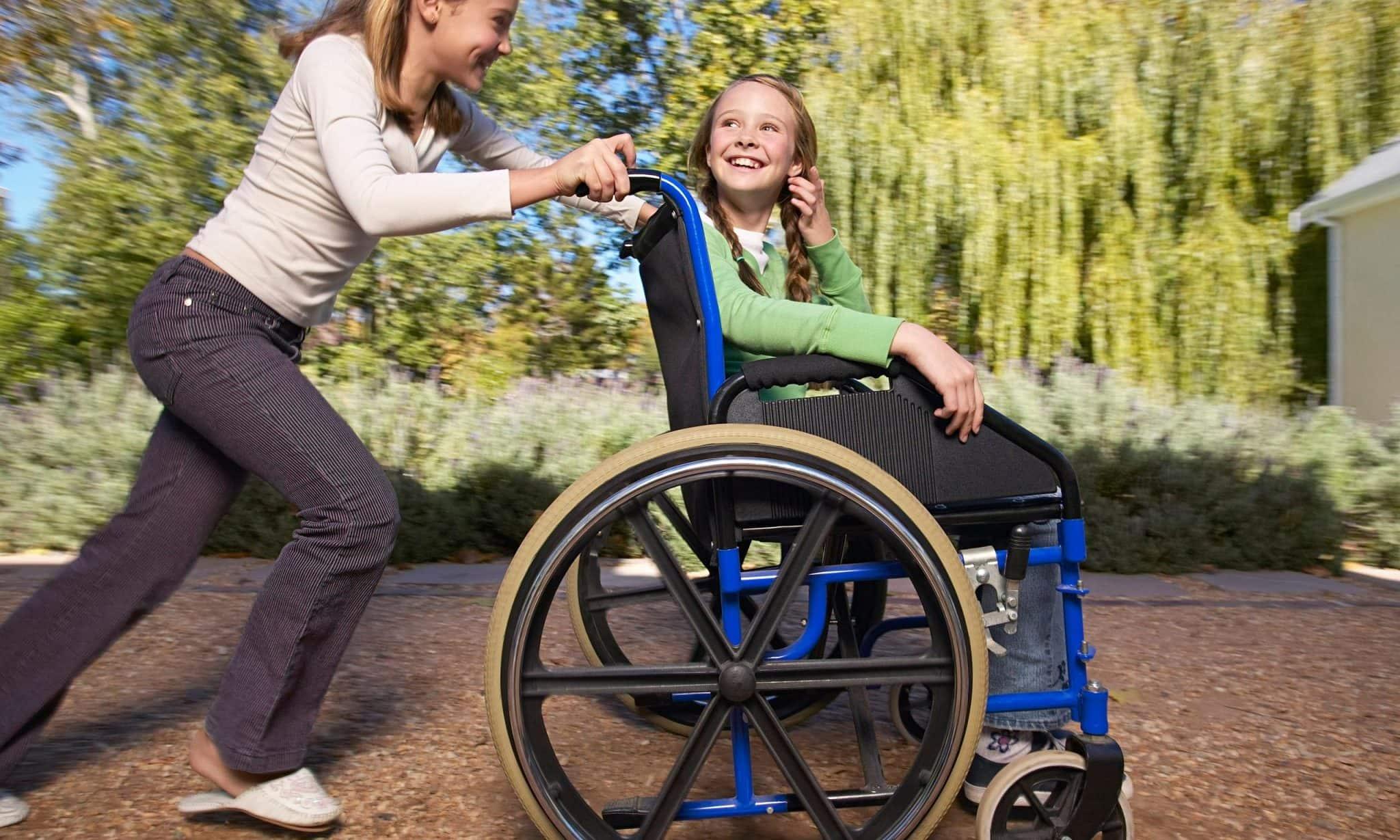 Deficientes físicos na Disney e Orlando: esteiras rolantes no Universal Studios Orlando: acessibilidade nos parques de Orlando