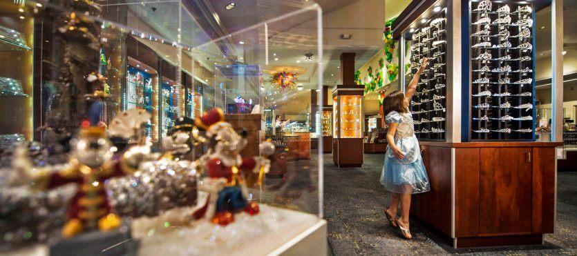 Disney Springs Orlando: Crystal Arts by Arribas Brothers