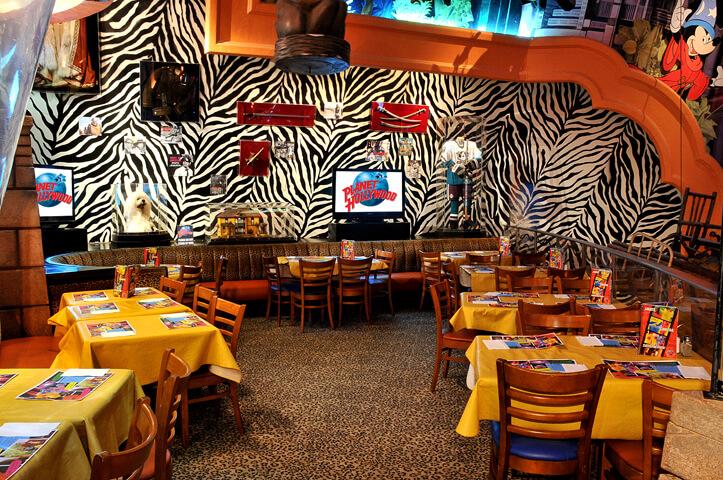 Restaurante Planet Hollywood na Disney Orlando: por dentro
