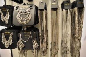 Onde comprar bijuterias em Orlando: Forever 21