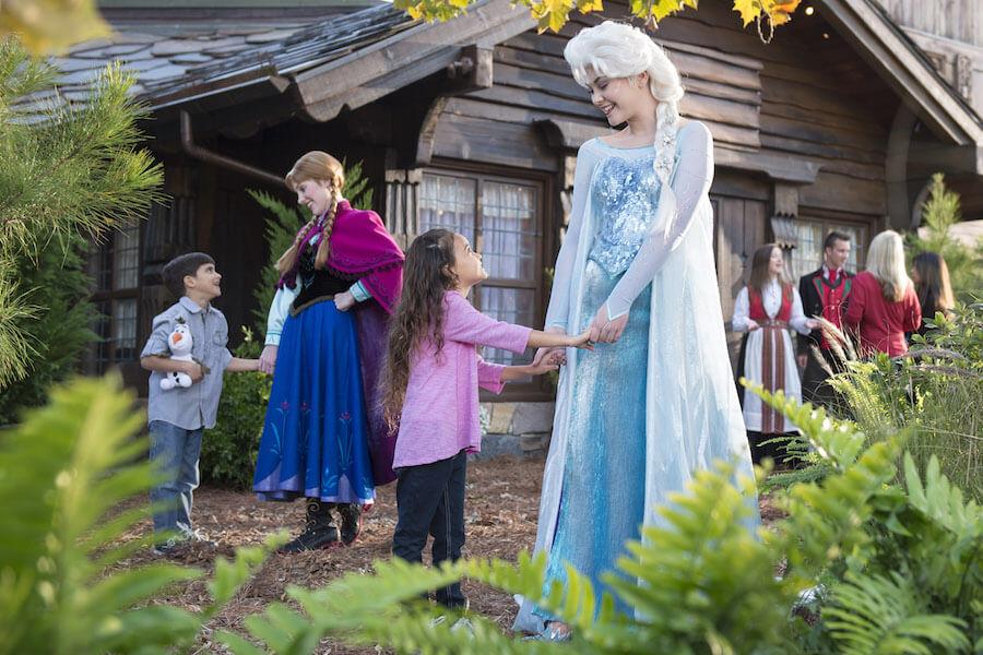 Conheça tudo de Frozen na Disney em Orlando: Royal Sommerhus