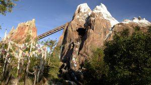 7 atrações e brinquedos do Parque Disney Animal Kingdom Orlando: Expedition Everest- Legend of the Forbidden Mountain
