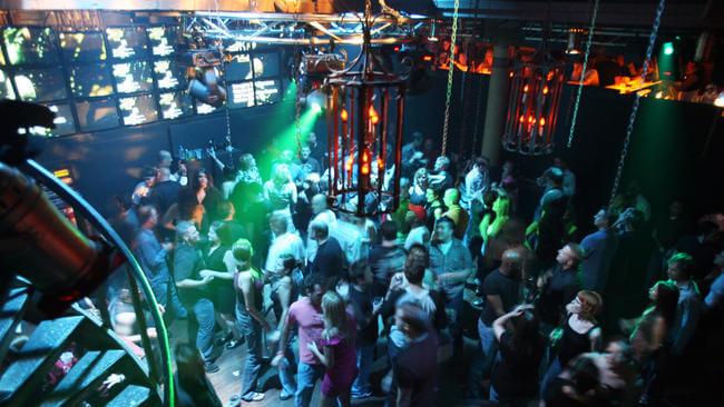 7 casas noturnas em Downtown Orlando: Independent Bar
