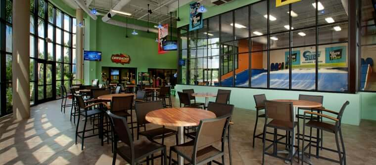 Surfar no Fantasy Surf em Orlando: Restaurante