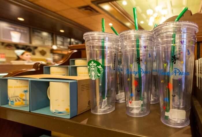 Canecas Disney nos Starbucks de Orlando