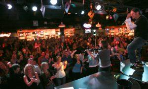 7 casas noturnas emDowntown Orlando: Howl at the Moon