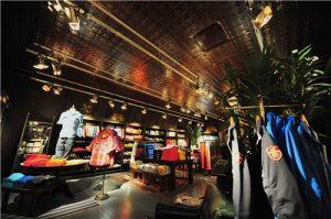 Lojas Hollister em Orlando: interior da loja