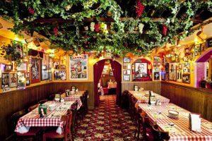 Restaurante Buca di Beppo em Orlando: dentro do restaurante