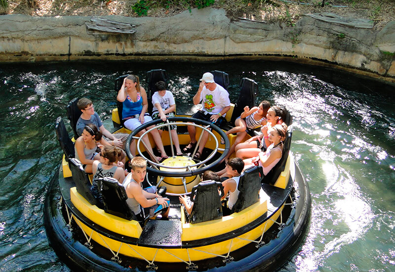 7 atrações e brinquedos do Parque Busch Gardens em Orlando: Congo River Rapids
