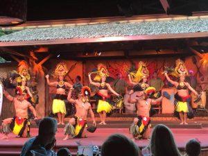 Jantar havaiano na Disney em Orlando: Spirit of Aloha Dinner Show