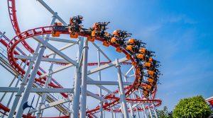 Erros que os turistas cometem quando vão a Orlando: montanha-russa