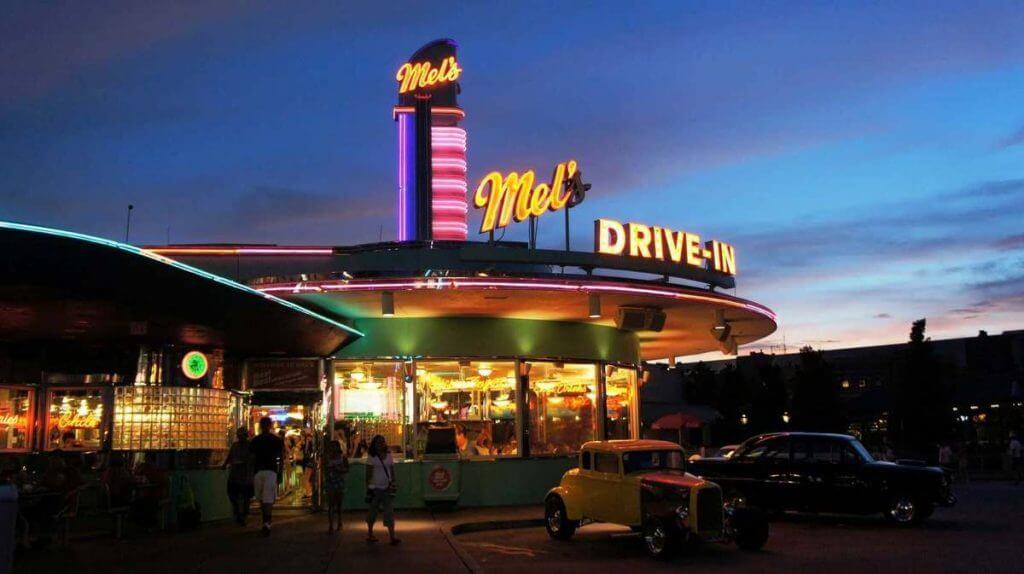 Restaurantes do parque Universal Studios em Orlando: restaurante Mel's Drive-In