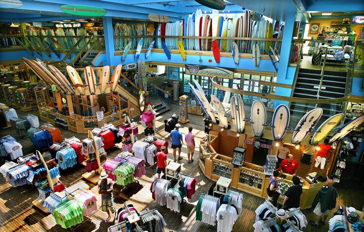 Loja Ron Jon Surf Shop em Orlando: interior