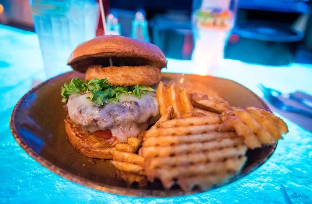 Dicas para a primeira vez em Orlando: Restaurante T-Rex