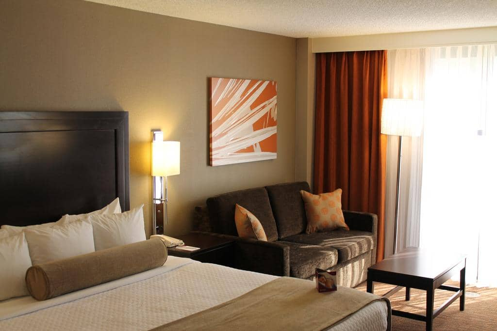 Hotéis bons e baratos em Miami: Hotel Crowne Plaza Miami Airport - quarto