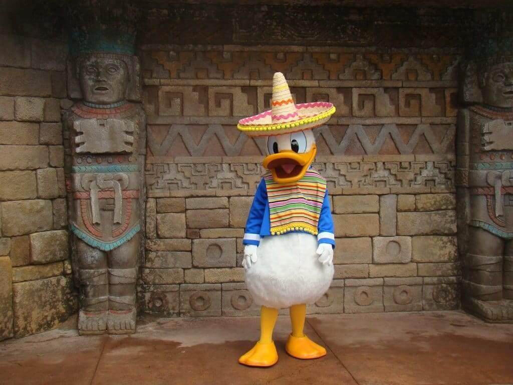 Pavilhão e área do México no Disney Epcot em Orlando: atrações
