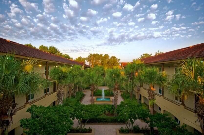 Hotéis mais procurados por brasileiros em Orlando: hotel Blue Tree Resort at Lake Buena Vista