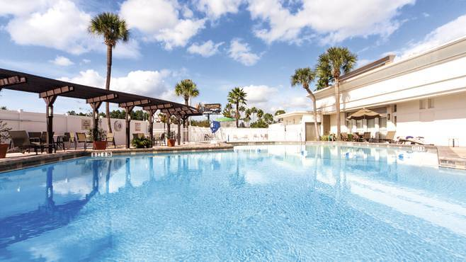 Hotéis próximos à Universal em Orlando: hotel Holiday Inn Hotel & Suites Across From Universal Orlando