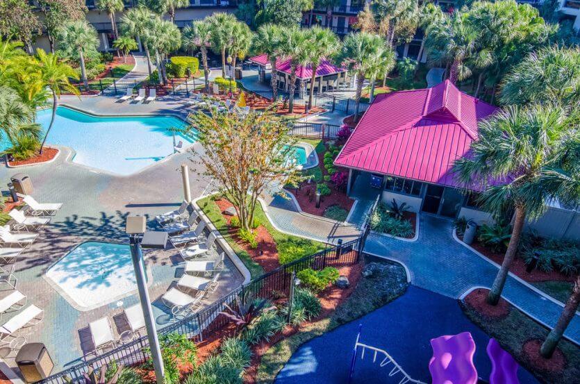 Hotéis com transfer gratuito para os parques em Orlando: hotel Quality Suites - The Royale Parc Suites