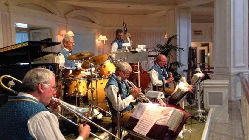 Disney's Grand Floridian Resort & Spa: banda de jazz no Mizner's Lounge