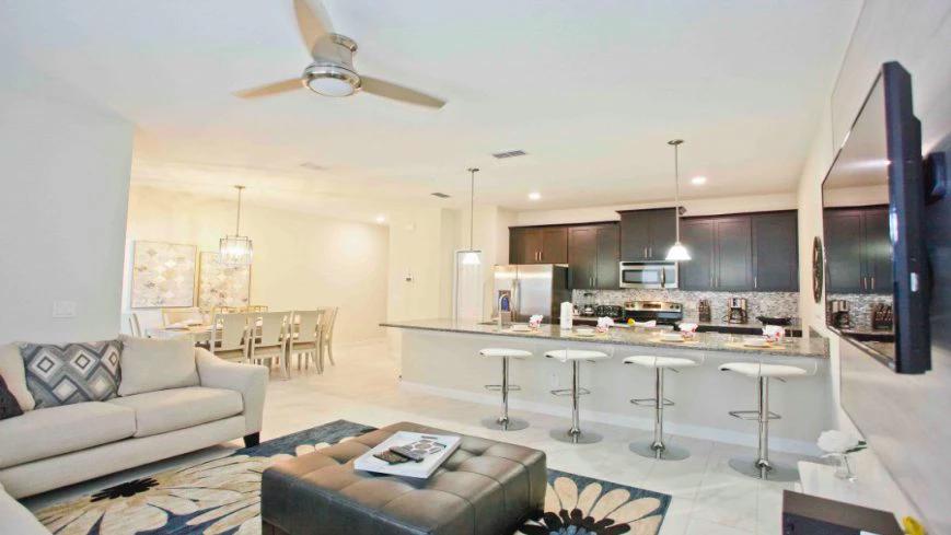 Condominio de casas Storey Lake Resort en Orlando: interior de la casa