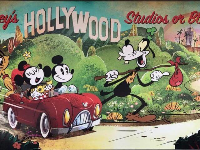 Atração Mickey and Minnie's Runaway Railway