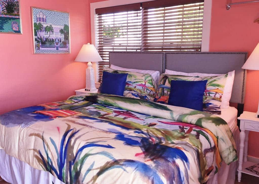 Hotéis bons e baratos em Key West: Hotel Caribbean House - quarto