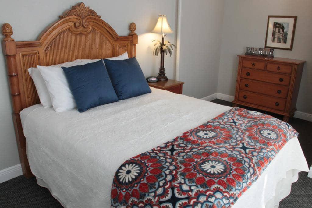 Hotéis bons e baratos em São Petersburgo: HotelCrystal Bay - quarto
