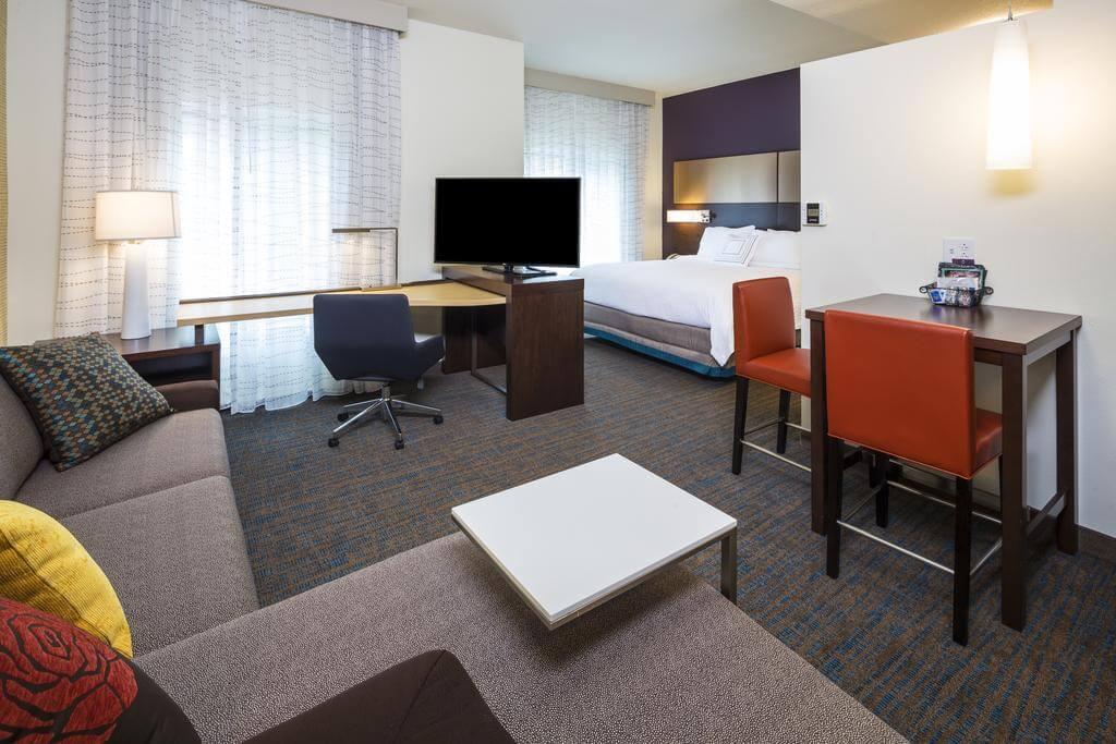 Melhores hotéis em Jacksonville: HotelResidence Inn by Marriott - quarto