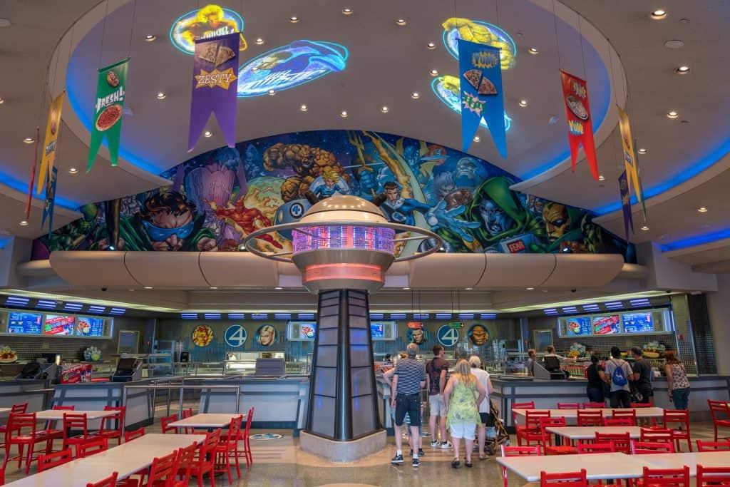 Jantar com super-heróis da Marvel na Universal Orlando: Cafe 4