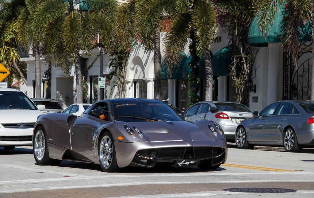 Aluguel de carro em Palm Beach: Economize muito: comparadores de preços