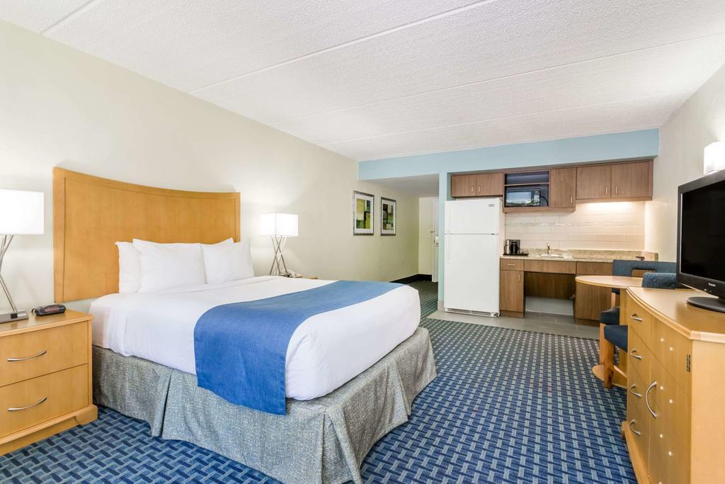 Dicas de hotéis em Cocoa Beach: Hotel Days Inn by Wyndham - quarto