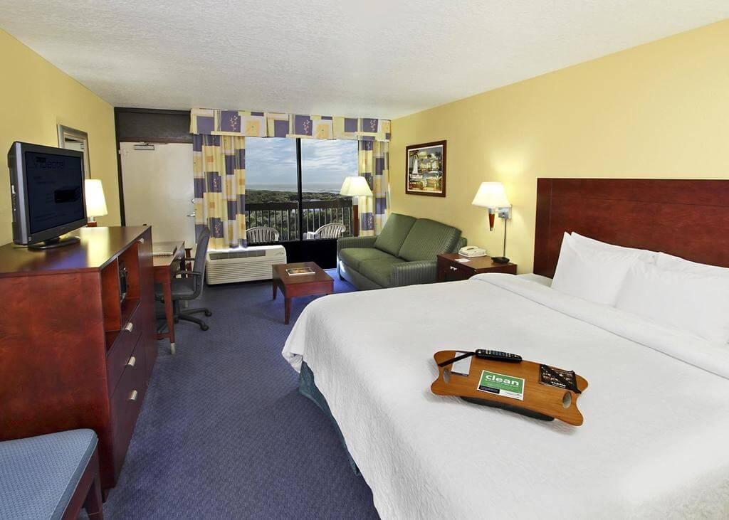 Melhores hotéis em Cocoa Beach: Hotel Hampton Inn - quarto