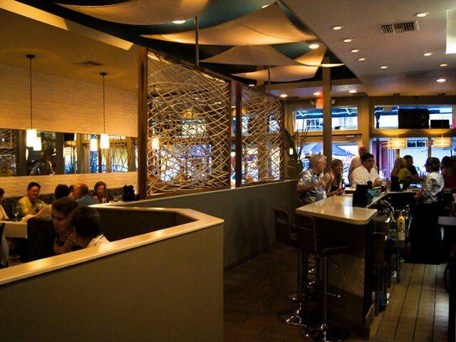 Restaurantes em Sarasota: restaurante Duval's Fresh. Local. Seafood.