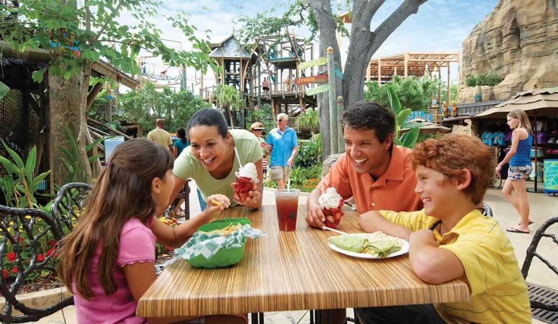Copo com refil de bebidas no Busch Gardens