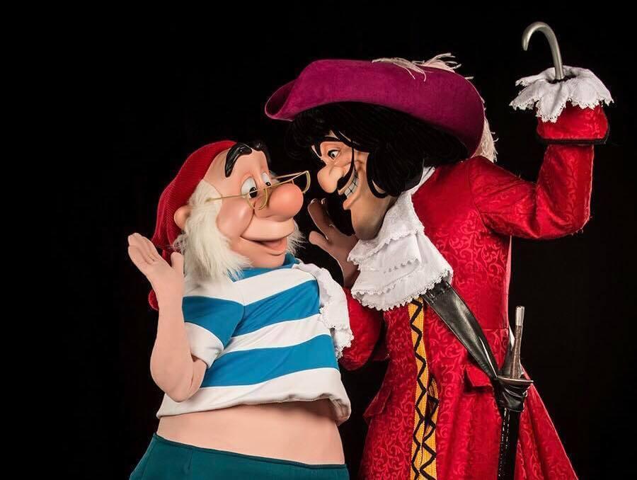 Atração com Capitão Gancho para crianças na Disney Orlando: Capitão Gancho