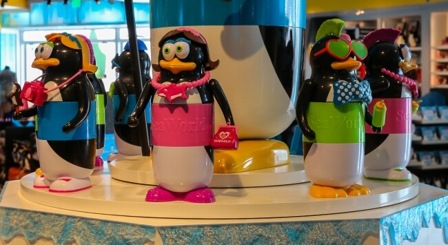 Copo com refil de bebidas no SeaWorld Orlando: Cup That Cares Pinguim