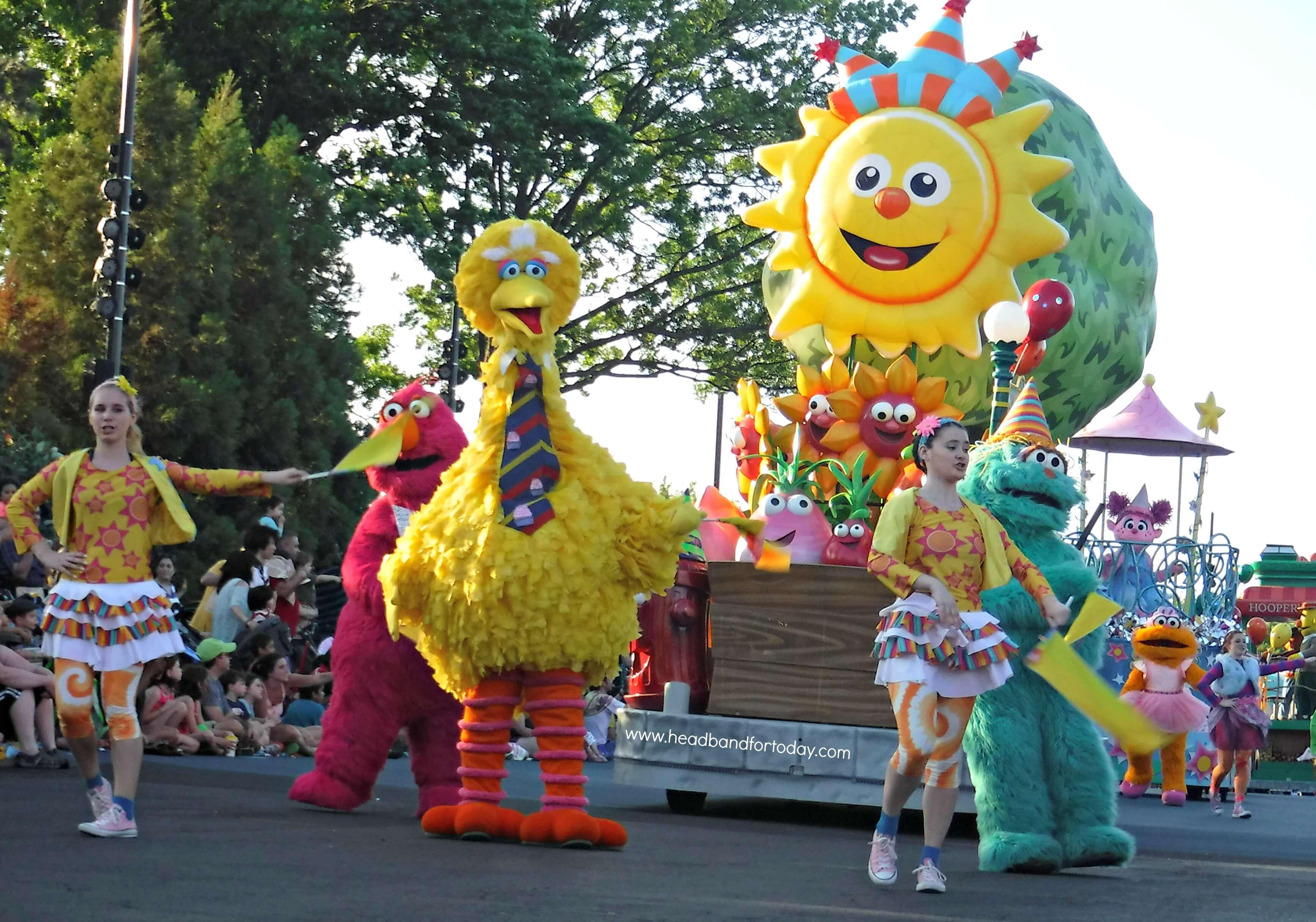 Corrida Furry Friends Fun Run no SeaWorld Orlando: desfile