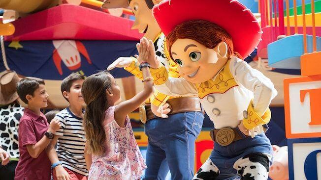 Woody's Roundup no Disney's Contemporary Resort em Orlando: personagens de Toy Story