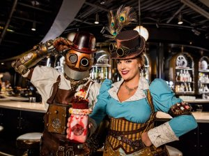 Toothsome Chocolate Emporium & Savory Feast Kitchen na Universal Orlando: personagens Penélope e robô Jacques
