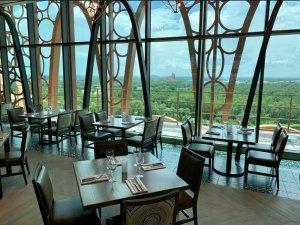 Restaurante Toledo – Tapas, Steak & Seafood na Disney Orlando: salão principal