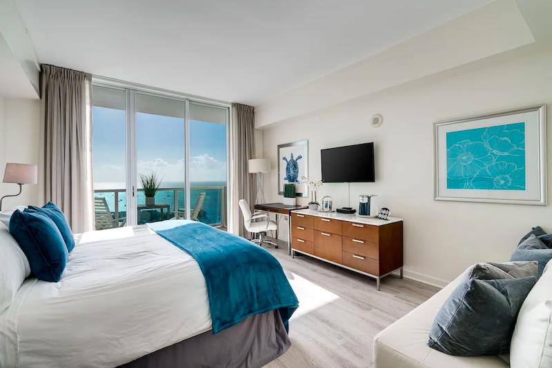 Dormitorio de un departamento en Miami